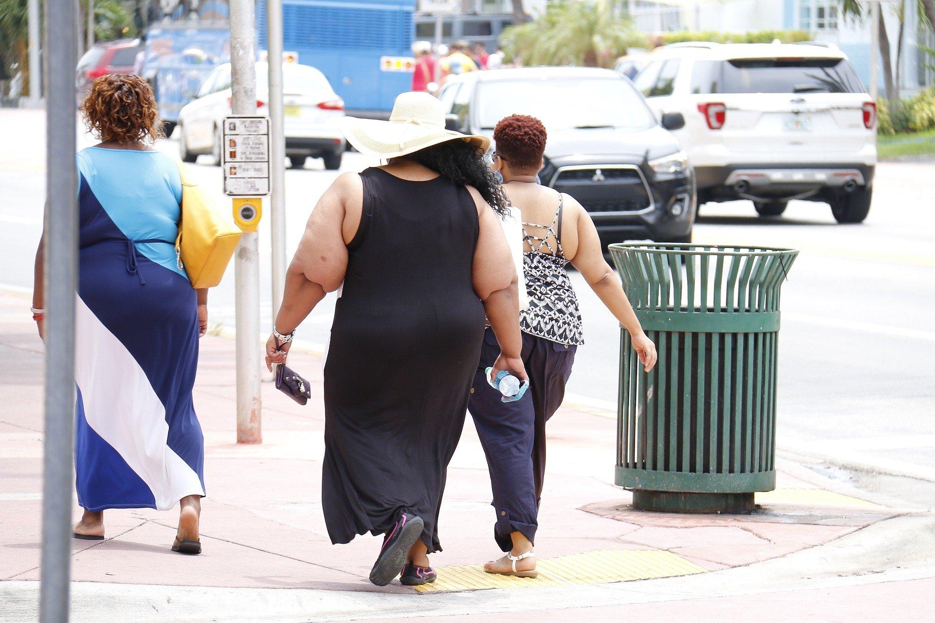 Dati sull'obesità: uomini più a rischio, donne in forma più grave